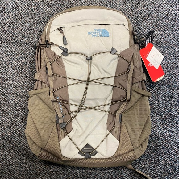 Weimaraner Brown The North Face Borealis Backpack
